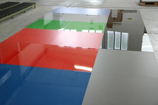 Pannelli lucidi per pareti terminali antivento per stufe - Pavimenti lucidi a specchio ...